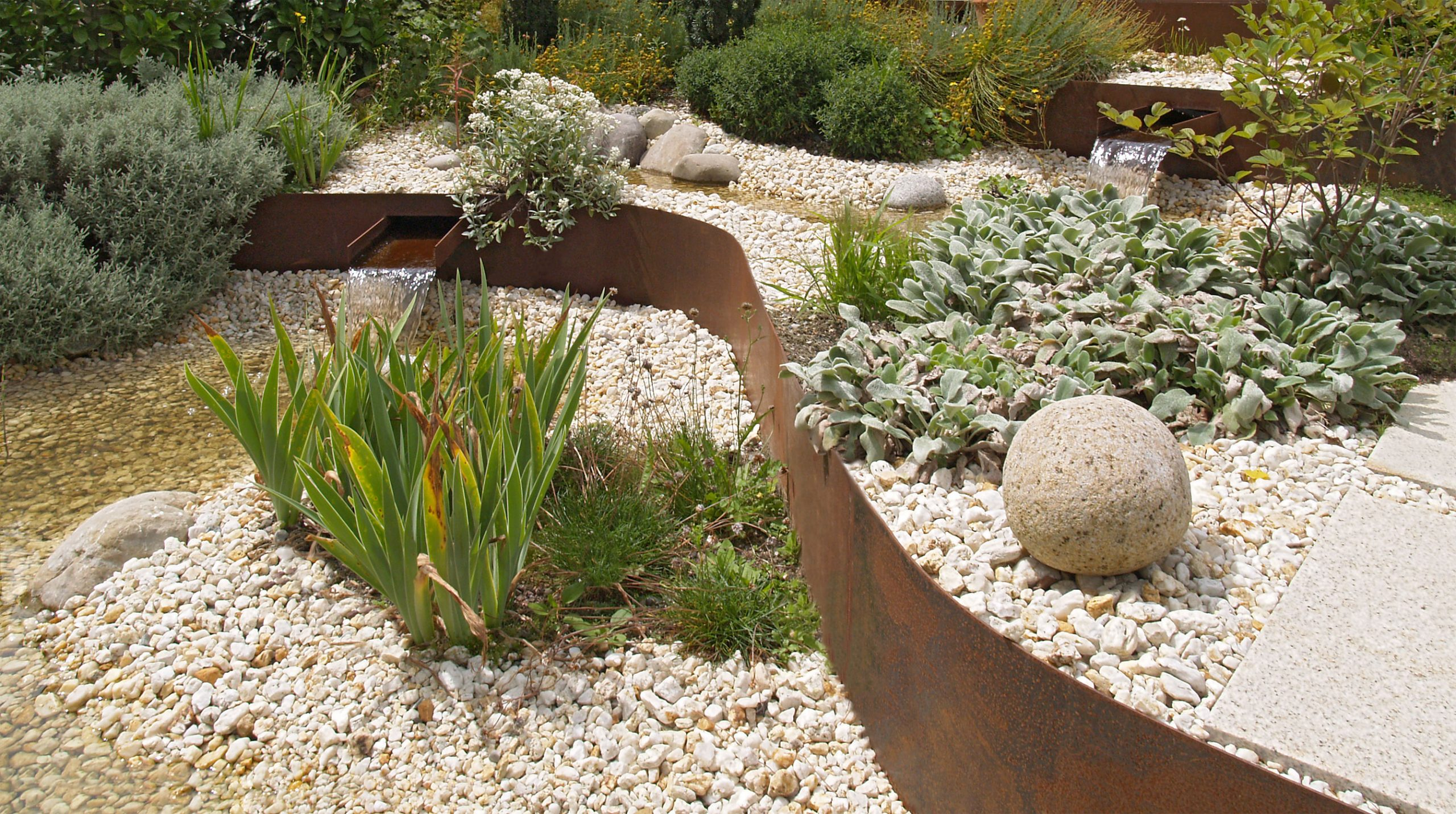 Corten stahl wegeinfassung esslingen n rtingen reutlingen t bingen stuttgart - Gartengestaltung mit rost ...